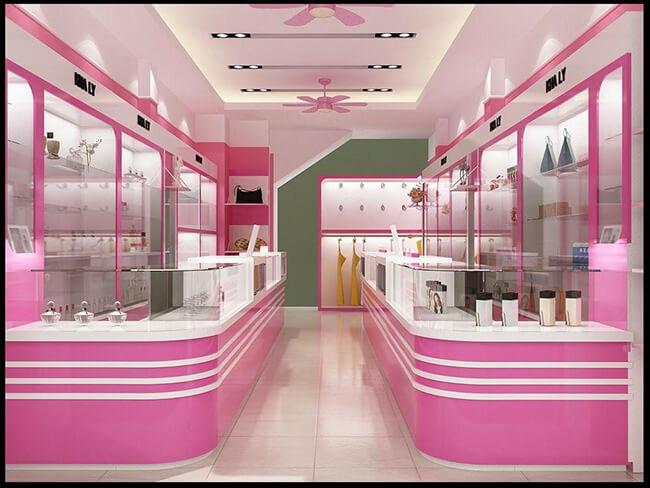Màu sắc và ánh sáng tạo nên không gian thiết kế shop mỹ phẩm đẹp, ấn tượng